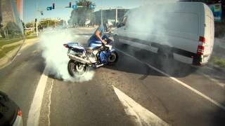 Eskorta motocyklowa do Kościoła Kasi i Krzyśka (clip-art )