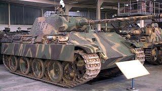 Opa hortet Weltkriegs Panzer im Keller - Grandpa has a World War 2 Tank
