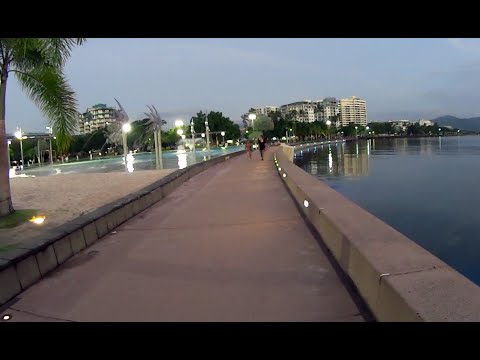 Virtual Treadmill Walk - Cairns Esplanade QLD Australia - Morning & Night
