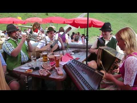 Volksmusik auf der Karalm im Tennengebirge/Salzburg
