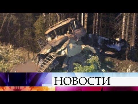 Страшная авария произошла в Свердловской области, когда люди ехали верхом на бензовозе.