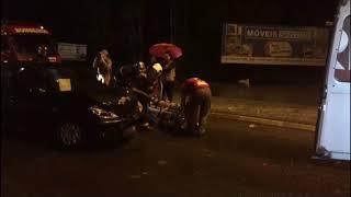 Peugeot bate na traseira de Focus e duas pessoas ficaram feridas