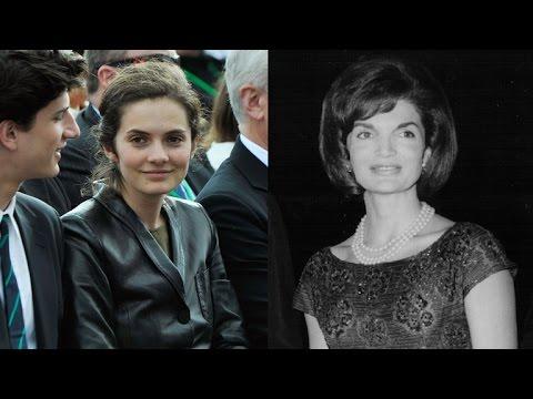 See Jackie Kennedys Look Alike Granddaughter Youtube