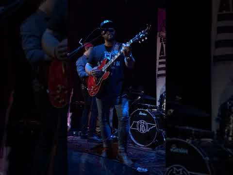 Mitchell Tenpenny At Eddie's Attic - Drunk Me