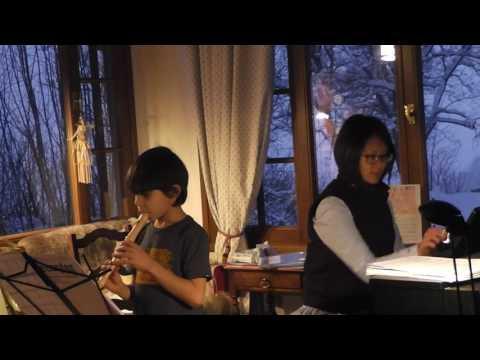 Simon Joue Le Lion Dort Ce Soir à La Flûte à Bec Avec Cindy Lin Au Piano