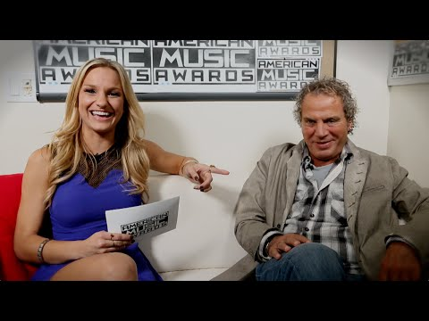 Producer Larry Klein Gives An Inside Scoop of the 2014 American Music Awards - AMAs 2014