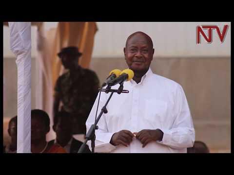 President Museveni warns civil servants who ask investors for bribes
