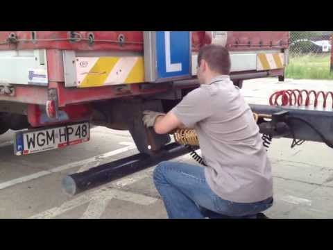 Sprzęganie i rozprzęganie pojazdu z przyczepą prawo jazdy kat  C+E