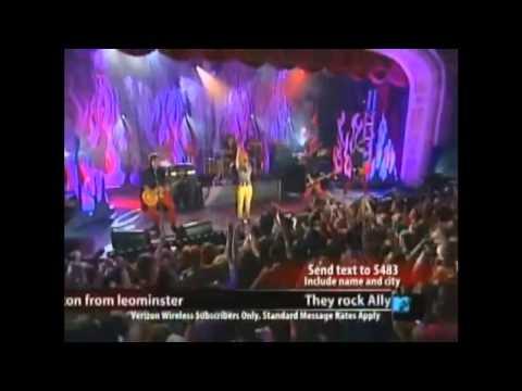Paramore Hard Rock Café  NY Full Performance 2007
