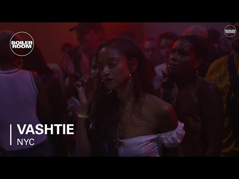 Vashtie Ray-Ban x Boiler Room 016 Dancehall Set