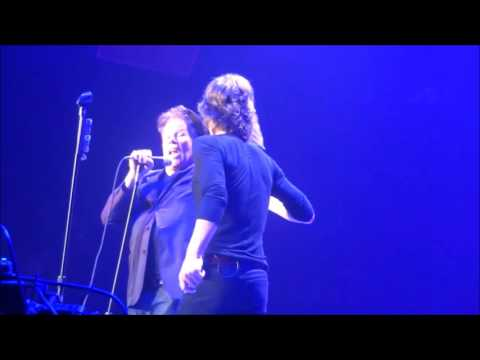 The Rolling Stones & Tom Waits - Little Red Rooster - Oakland 2013