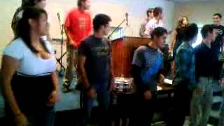 Hay una melodia en mi Corazon (iglesia de cristo periferico)