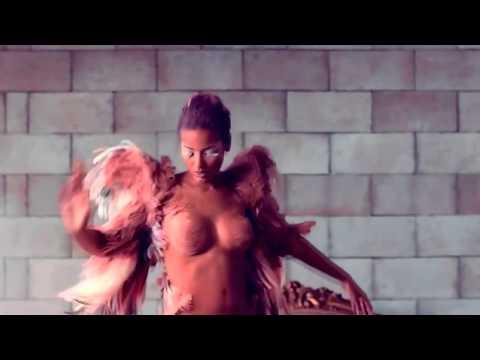 Selita Ebank II Kanye West   Runaway
