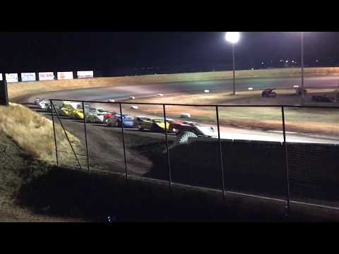 9/9/2017 Gallatin Speedway main event (outside)