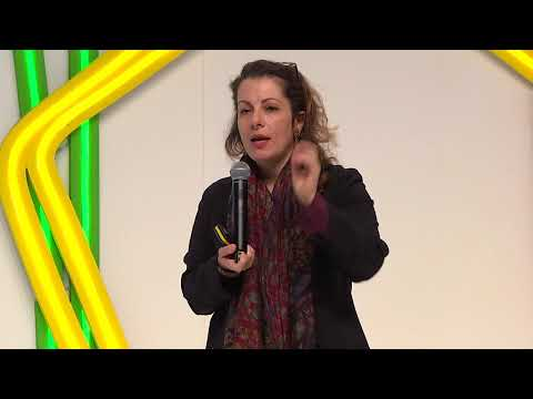Inspirational Talk - Beth Noveck. Smart Cities from the Bottom Up