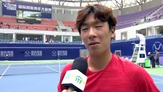 Hong Seong Chan (KOR) speaks after his first round victory