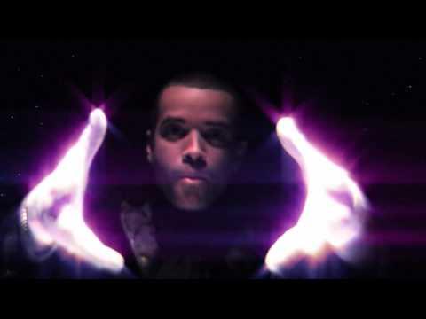 """Me Gustas Tu"" - Kent y Nacho [Video Oficial]"