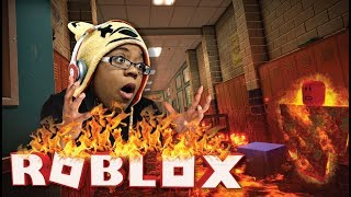I'M ON FIRE | ROBLOX FLOOR IS LAVA GAMEPLAY