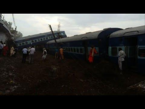 India: 23 muertos y decenas de heridos en accidente de tren