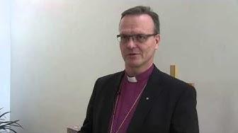 Espoon piispa Tapio Luoma tarkastaa Kirkkonummen seurakuntaa