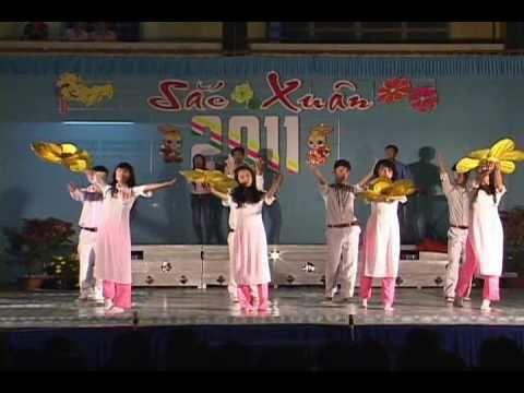 Tự nguyện - Nhóm múa lớp 11A5