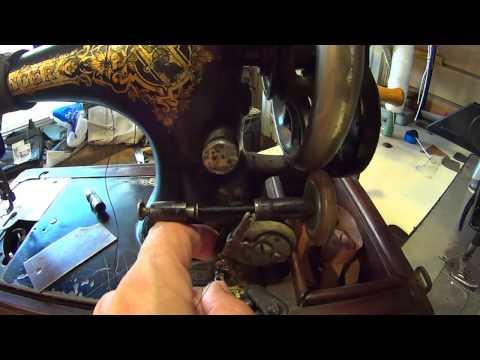 Швейная машинка SINGER. Мокасины своими руками.