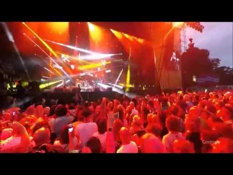 Rewind Festival, Scotland. Holly Johnson at Scone Palace, Perth 23.7.16.