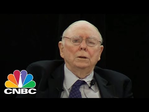 Berkshire's Charlie Munger On Wells Fargo's Mistake | CNBC