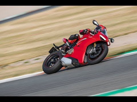 Ducati Panigale V4 2018 - Onboard Racetrack - Valencia