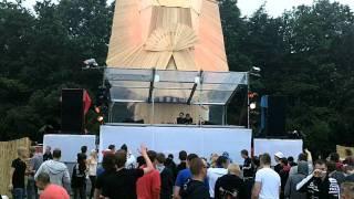 16 bit @ Defqon 2011 Magenta Stage Dubstep/Dnb part 1