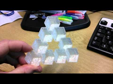 Penrose triangle optical illusion