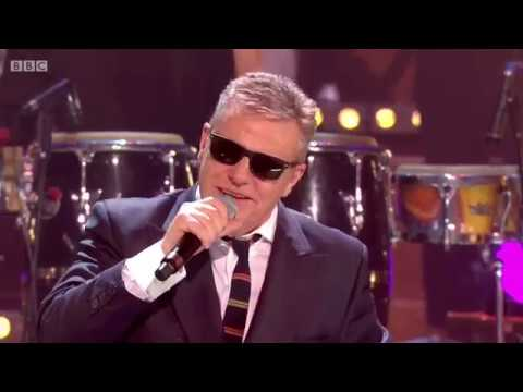 Madness - It Must Be Love (New Year's Eve 2018 Live} mp3