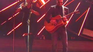 Eric Church 51st Cma Awards 2017 Chattanooga Lucy The Real Entertainer Of The Year