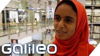 Tradition trifft Moderne: Junge Frauen im Alltag | Galileo | ProSieben