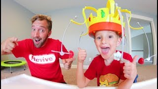 Father & Son PLAY CHOW CROWN! / Chomp The Snacks!
