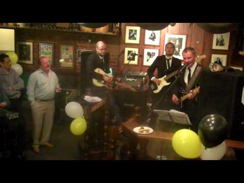 The Dickie Heads play Coming Home Newcastle