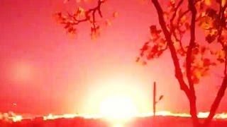 Сирия. 8 сентября 2013. Момент сброса большой авиабомбы на поселок в 20 км южнее от Идлиба...