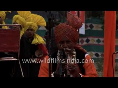 Musical performance by Baba Kashi Nath from Punjab