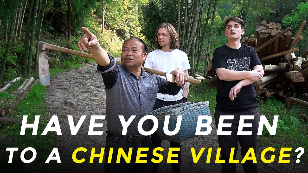 REAL LIFE of Chinese village: traditional medicine, tea sellers, night BBQ - The She People | EP.1