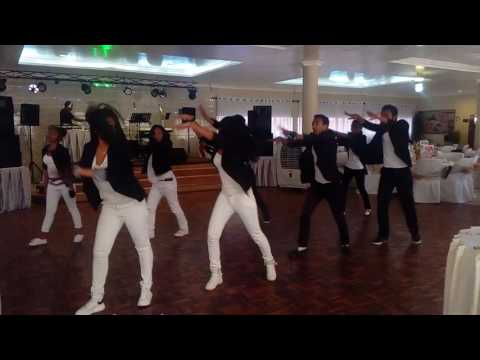 Royal Dance Worship - Omeo laka ny fiderana ( Mialy Rakotomamonjy)