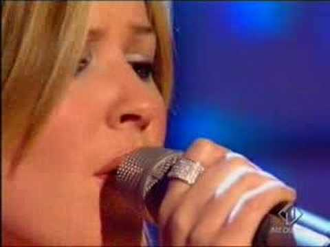 2003-09 - Dido - White Flag (Live @ TOTP)