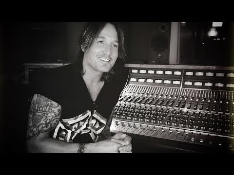 """Keith Urban - The Making Of """"Parallel Line"""" From Graffiti U"""