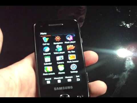 Samsung Pixon12 cameraphone hands-on