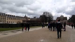 Осмотр достопримечательностей Парижа-посещение Лувра(Красивые места в Париже. Дворец Лувра. Видео подготовлено при поддержке турпортала WORLD-S. Этот ролик обработ..., 2016-03-10T20:02:25.000Z)
