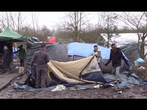 Back to Calais? RT revisits camp 2 months after demolition, amid reports of refugees returning