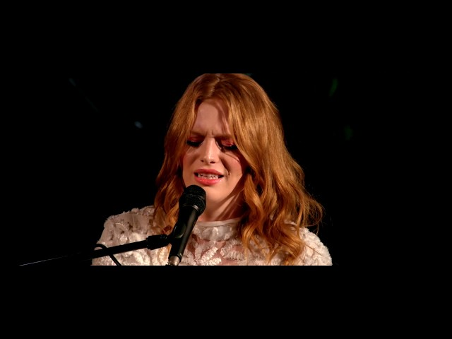 Freya Ridings - Wishbone (Secret Garden Party - YouTube Space London)