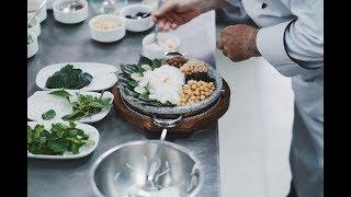 Food & Travel Vlog PERTAMA! Ke Bangkok, berkenalan dengan,.. KACANG?
