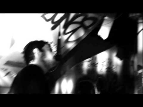 Клип The Tunics - Shine on