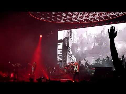 Queen + Adam Lambert - Radio Ga Ga (live@Helsinki)