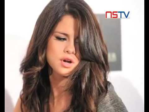Nude Pictures Of Selena Gomez Leaked Online